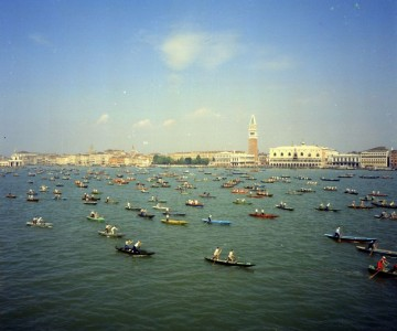 Back to the Vogalonga in Venice, the feast of the oar and the respect of the lagoon